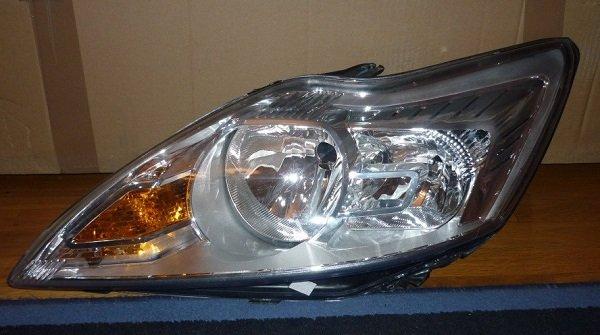 Критерии выбора ламп ближнего света на Ford Focus 2 и 3, интрукция по замене