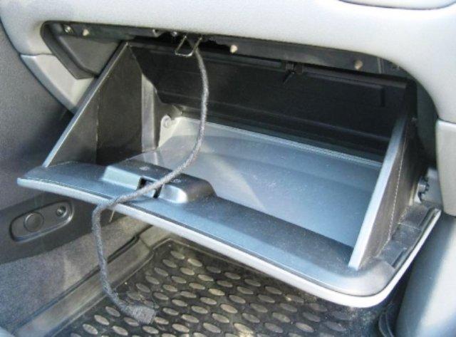 Процесс замены салонного фильтра в Nissan Almera Classic: фото и видео