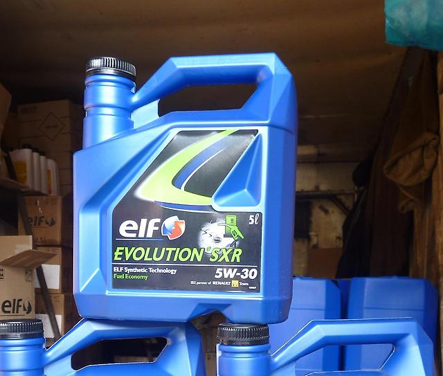 Все о моторном масле марки Elf Evolution 900 SXR 5W-30: фото и видео