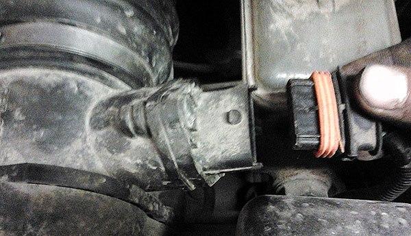 Как самостоятельно провести замену масла в КПП ВАЗ 2181 Lada Granta
