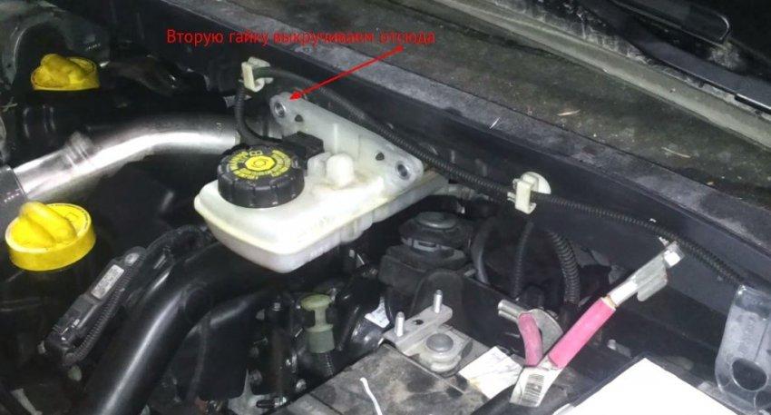 Процесс замены воздушного фильтра на Renault Scenic 3 (дизель): фото и видео