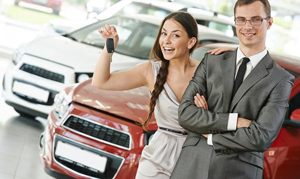 Как купить машину в кредит в автосалоне