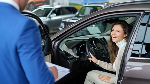 Когда лучше покупать новый автомобиль или авто с пробегом