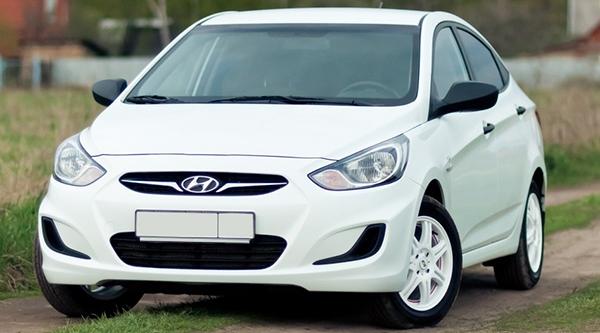 Недорогой автомобиль для женщины новичка: авто до 500 000 рублей