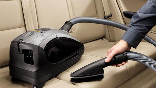 Как выбрать автомобильный пылесос. Выбор автопылесоса.