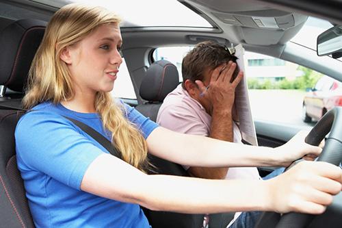 Как и где можно быстро научиться водить машину