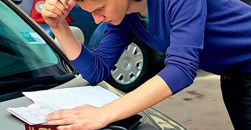 Как переоформить машину на себя по договору купли-продажи, на родственника без продажи или другого человека