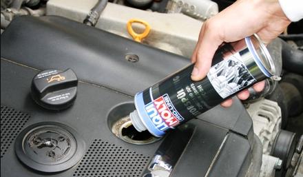 Как промывать двигатель при замене масла правильно