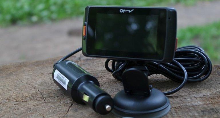 Обзор видеорегистраторов Mio MiVue 688 и других моделей: инструкция по эксплуатации и отзывы