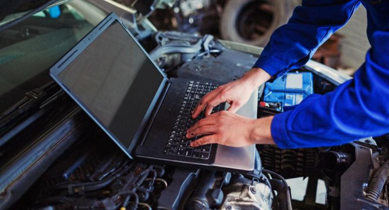 Как провести диагностику авто через ноутбук своими руками и что для этого нужно?