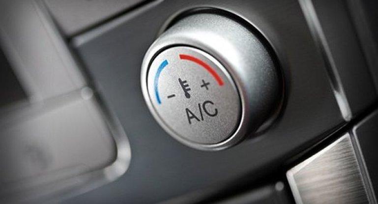 Какое количество фреона в кондиционер автомобиля заливать: таблица с нормами заправки жидкости