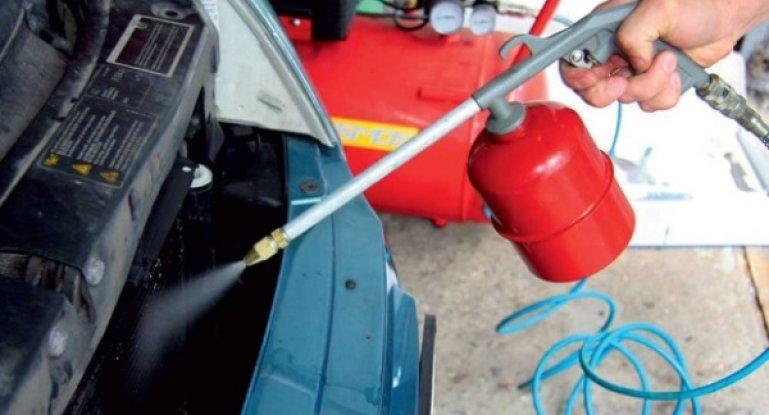 Как почистить кондиционер в автомобиле самостоятельно: видео очистки устройства своими руками