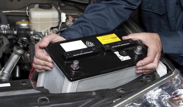 Что такое аккумуляторы для автомобиля, какие бывают типы и виды АКБ и как выбрать батарею?