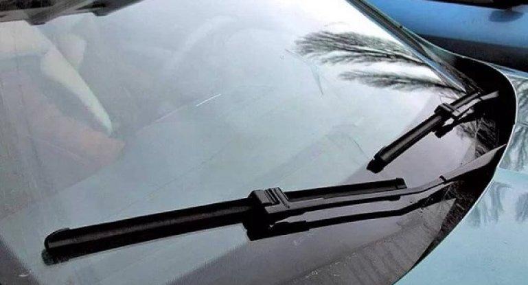 Описание щеток стеклоочистителя и их виды: гибридные, бескаркасные и каркасные автомобильные дворники