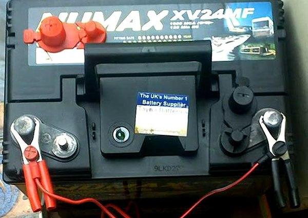 Зарядка необслуживаемых автомобильных аккумуляторов: как правильно зарядить батареи