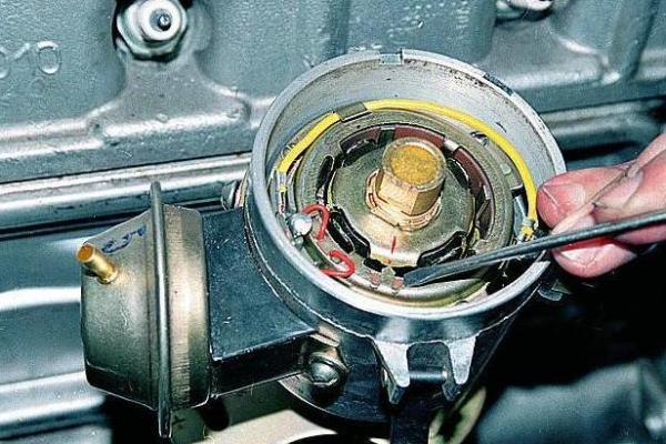 Установка привода трамблера УАЗ 417: порядок и схема зажигания, регулировка и настройка замка