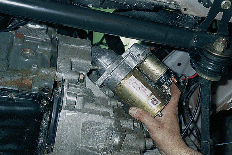 Не заводится и не крутит стартер Renault Megane, Logan, Fluence и Scenic 2: замена устройства