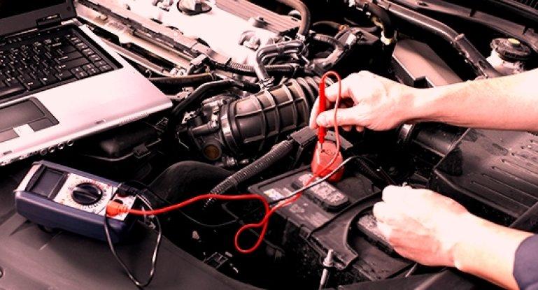 Как проверить аккумулятор автомобиля прибором для проверки аккумуляторных батарей: диагностика АКБ