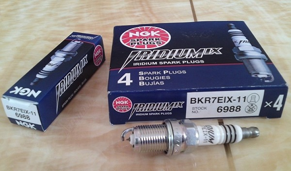 Свечи зажигания NGK (НЖК): подбор по автомобилю, маркировка, иридиевые и платиновые изделия, отзывы