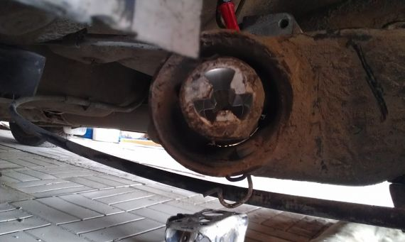 Как заменить сайлентблок задней балки на авто Skoda Octavia Tour