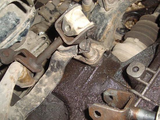 Устранение люфта кулисы на автомобиле Opel Astra