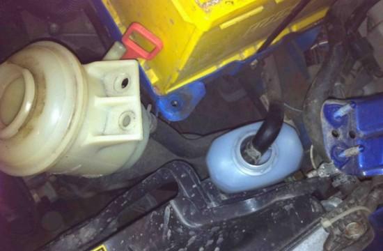 Самостоятельная замена масла в гидроусилителе автомобиля Chevrolet Aveo
