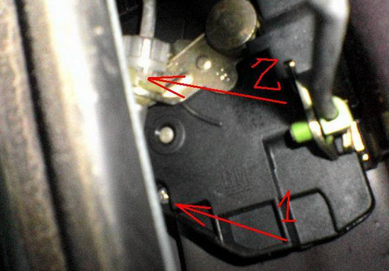 Как самостоятельно разблокировать дверь Opel Vectra B, не ломая ее
