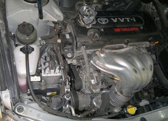 Самостоятельная замена помпы на автомобиле Toyota Camry