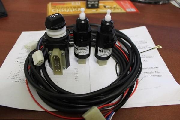 Гидрокорректор фар ВАЗ 2114: устройство и ремонт