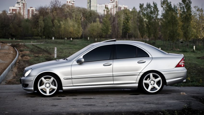 Самостоятельная замена салонного фильтра Mercedes-Benz c230 w203