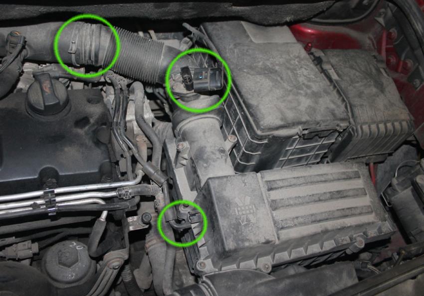 Замена масла в автомобиле Volkswagen Touran с автоматической КПП